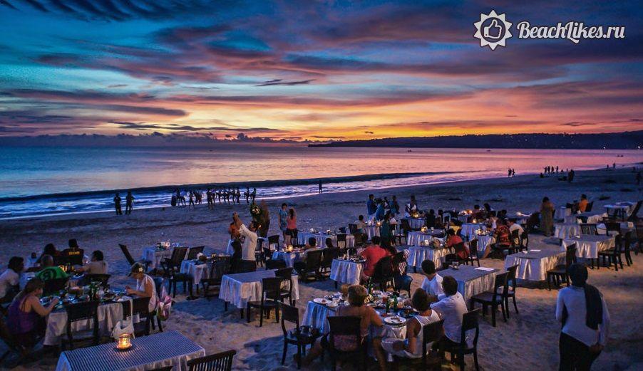Закат на пляже Кута на Бали