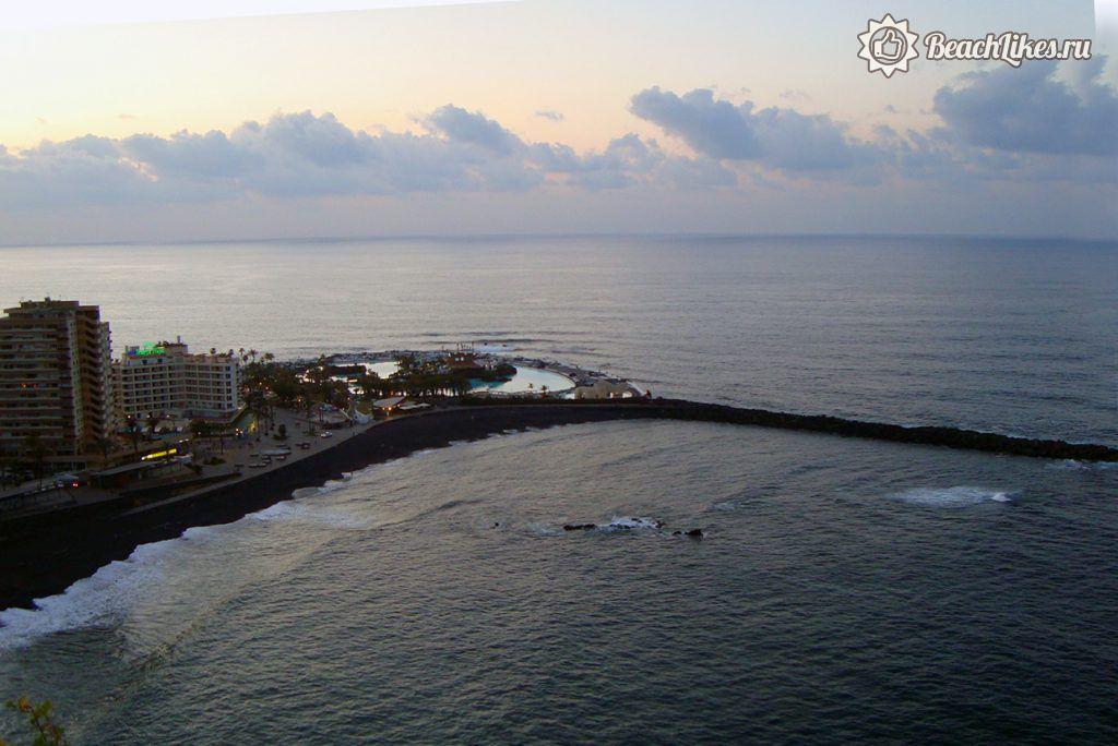 Пляж Мартианес в Пуэрто-де-ла-Крус Тенерифе