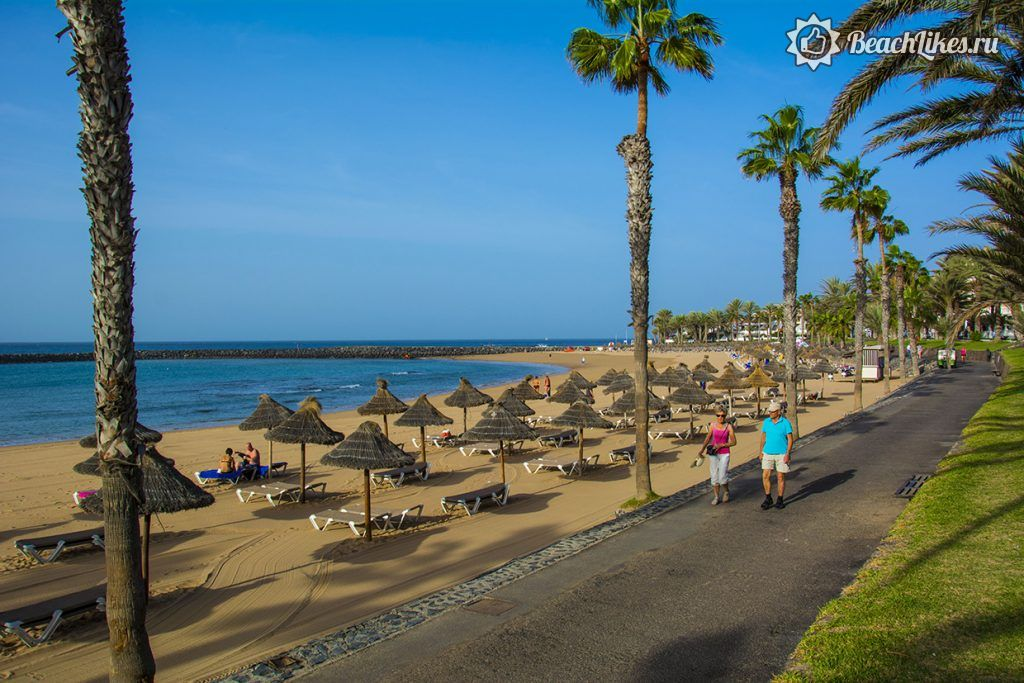Пляж дель Камисон в Плайя де лас Америкас на Тенерифе